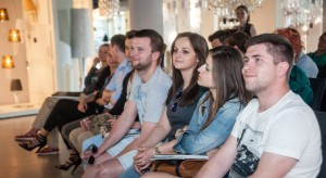 2 czerwca 2015 roku w showroomie Luminosfera w Warszawie, odbyło się spotkanie projektantówi inwestorów z organizatorami Lipskiego Festiwalu Designu - Designers' Open.<br /><br />