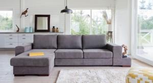Podstawowym elementem wyposażenia każdego salonu jest zestaw wypoczynkowy. Sofa, narożnik czy kanapa z fotelem to jego najbardziej reprezentacyjny mebel. Dlatego warto wybrać model nie tylko wygodny, ale też estetyczny.