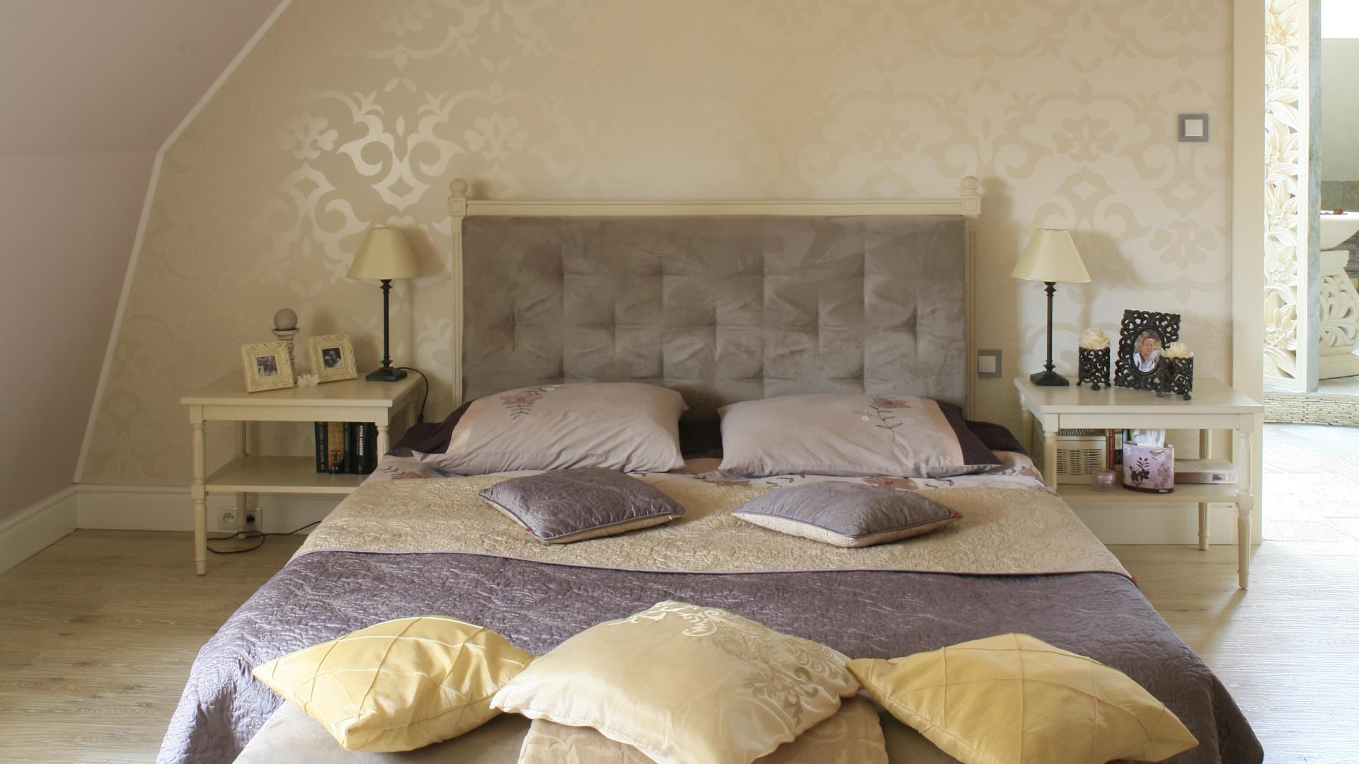 Piękna Sypialnia Na Poddaszu Gotowy Projekt Wnętrza Z Garderobą