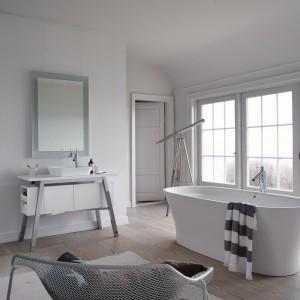 Kolekcja Cape Cod to innowacyjna forma ceramiki łazienkowej. Projekt: Philippe Starck. Fot. Duravit.