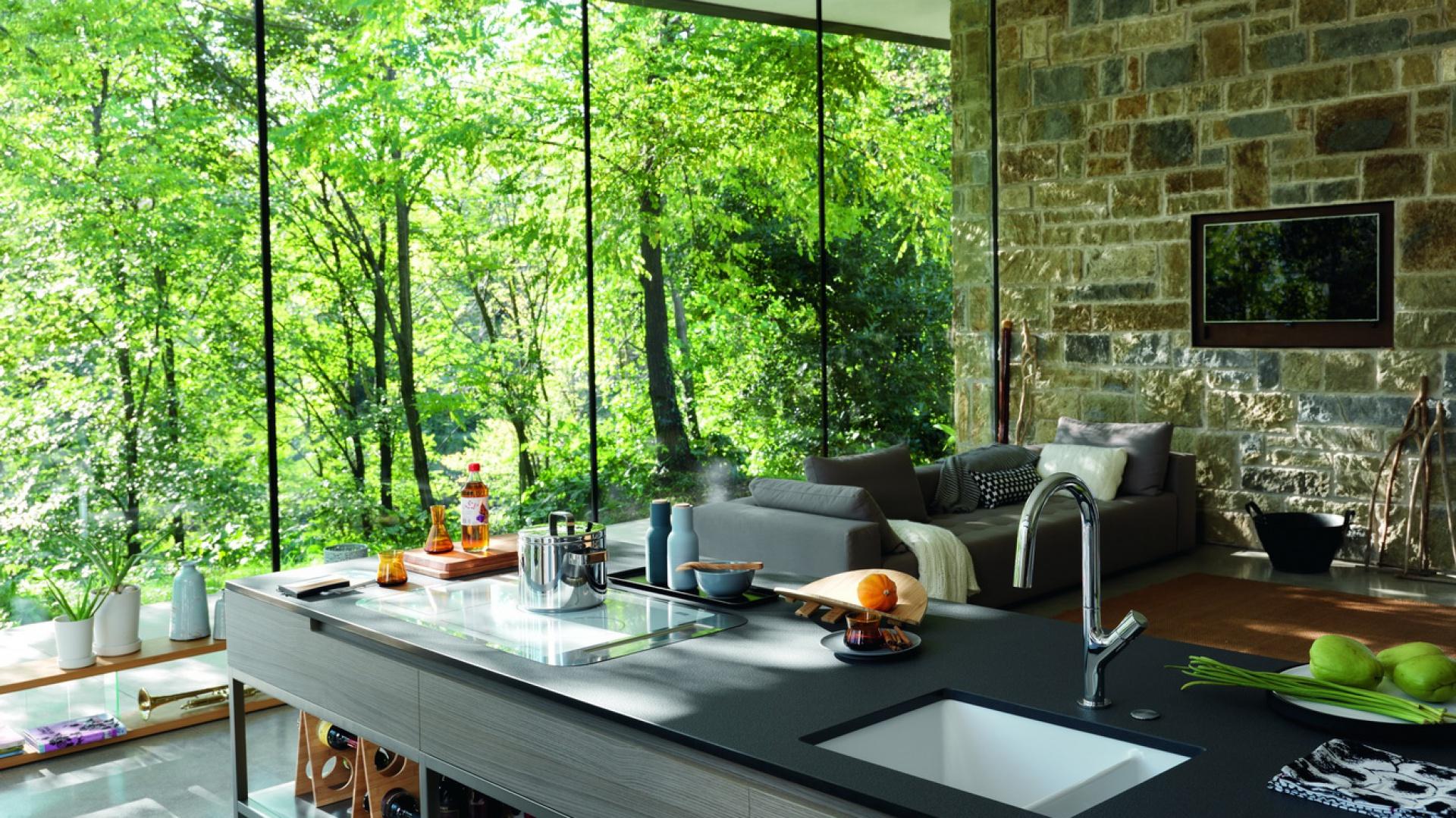 Bateria Fluence swoim organicznym designem odwołuje się do natury, z którą tworzy niezmąconą niczym harmonię. Fot. Franke.