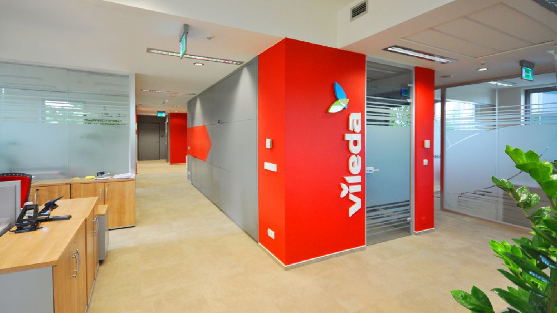 Siedziba spółki FHP Vileda to przykład kompleksowej realizacji i udanej metamorfozy istniejącego biura. Fot. Grupa Advertis