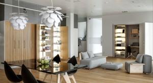 Otwarcie swarzędzkiego showroomu, odbyło się 18 czerwca 2015 roku. Zbiegło się ono z jubileuszem 20-lecia działalności firmy na polskim rynku. Showroom urządzono na wzór apartamentu, w którym pokazywane są najnowsze rozwiązania firmy.