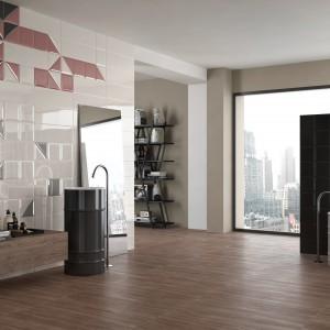 Kolekcja Double dostępna w ofercie marki Imola Ceramica to płytki o wyraźnych i zdecydowanych barwach, ozdobione trójkątnymi, zachodzącymi na siebie dekorami. Fot. Imola Ceramica.