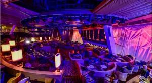 """Największy, wybudowany w Niemczech statek wycieczkowy """"Quantum of the Seas"""" został zwodowany. Długość statku wynosi 348 metrów i jest tym samym trzecim co do wielkości statkiem wycieczkowym na świecie. Posiada 2090 kabin pasażerskich i 1300 k"""