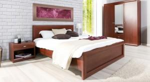 Meble w stylu klasycznym stanowią znakomitą odskocznię dla osób znudzonych minimalistyczną estetyką i prostymi formami. Zobaczcie, jakie propozycje do sypialni znajdziecie w polskich sklepach.