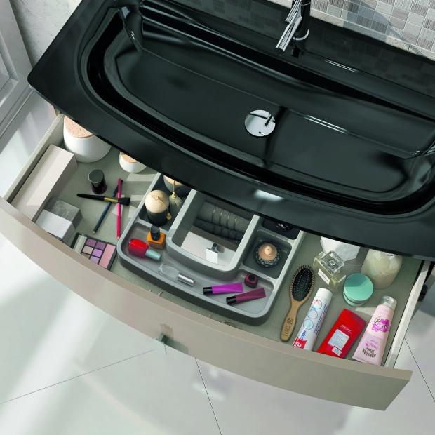 Przechowywanie w łazience: 12 praktycznych pomysłów