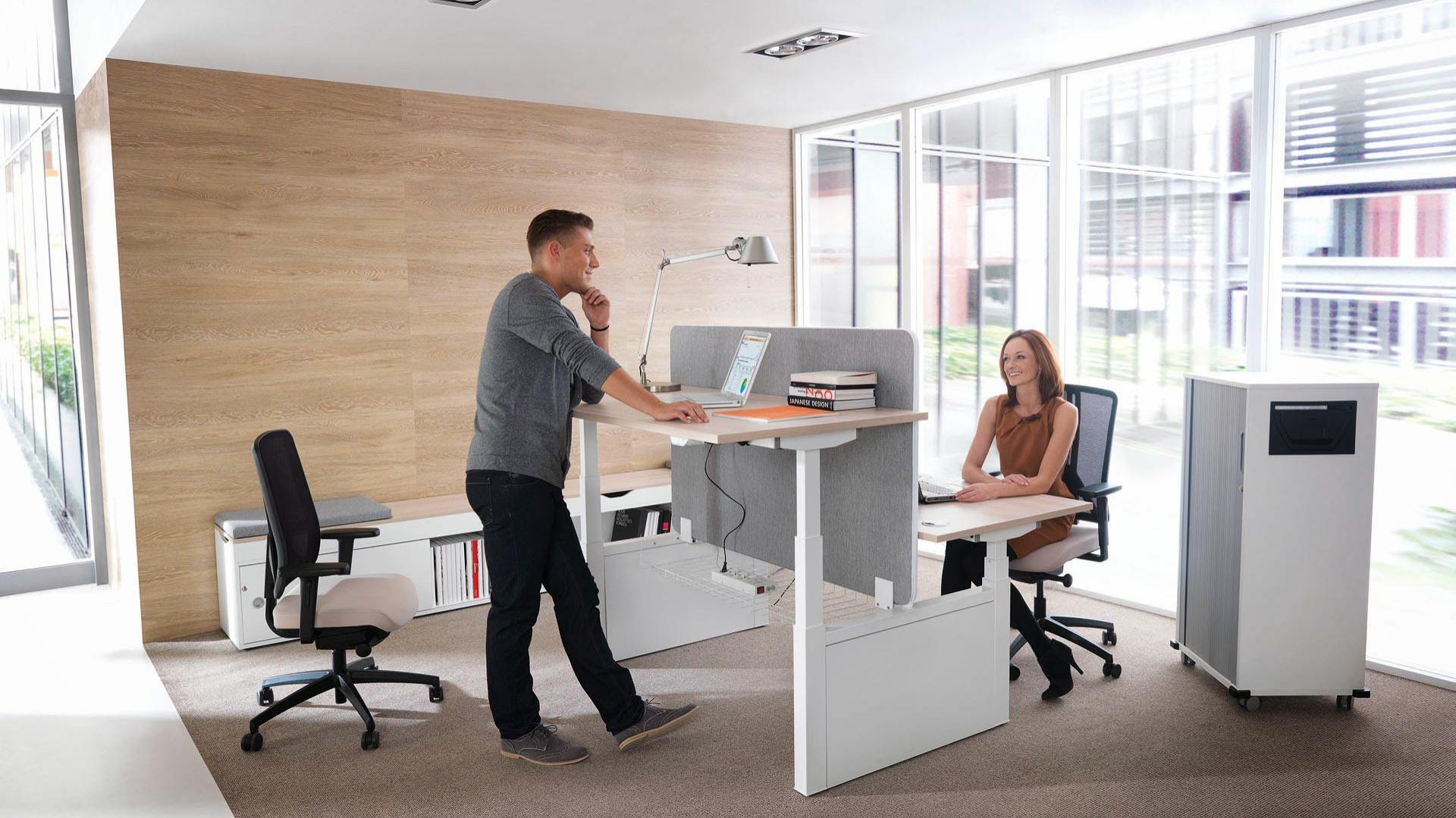 System mebli biurowych Balance marki Mikomax. Fot. Mikomax