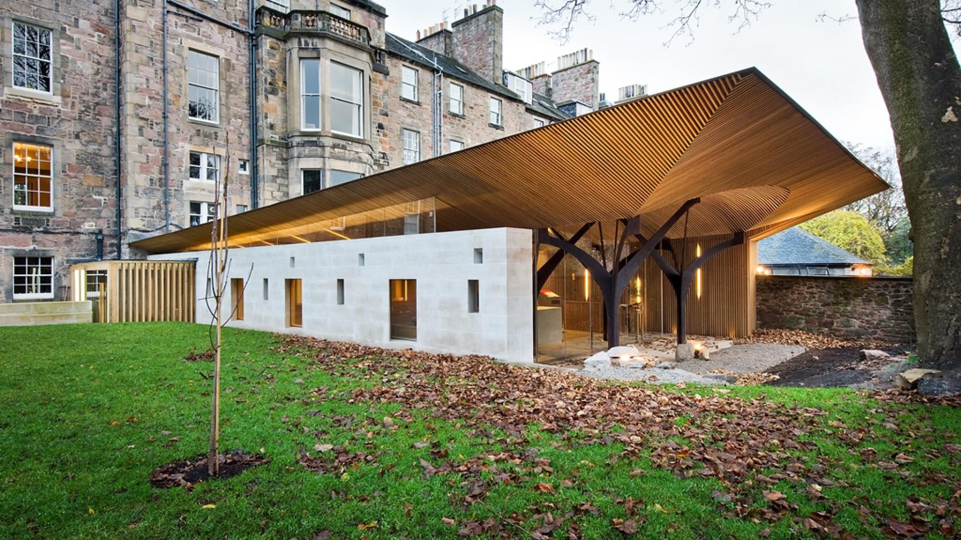 Kaplica Alberta Wielkiego przy Uniwersytecie Edynburskim. Fot. Simpson & Brown Architects