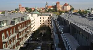Z końcem sierpnia br. kompleks luksusowych apartamentów zlokalizowany u podnóży Wawelu, zostanie oddany do użytku. Jeszcze we wrześniu inwestor przewiduje pierwsze odbiory mieszkań.