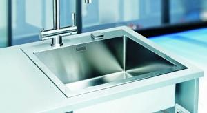 Innowacyjny system filtrujący Clear Water pozwoli cieszyć się czystą i smaczną wodą prosto z kranu, bez względu na jakość naszych rur. Dzięki kompaktowym rozmiarom bez problemu zmieści się w szafce pod zlewozmywakiem.