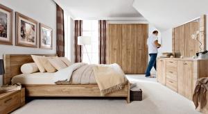 Klasyka nie wychodzi z mody. Ten ponadczasowy, wytworny styl doskonale prezentuje się w sypialni.