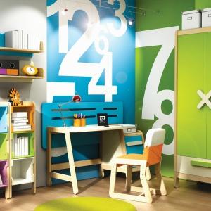 Meble z kolekcji Simple są niezwykle kolorowe. Pozwalają stworzyć wesołą, energiczną aranżacje w pokoju dziecka. Fot. Timoore.