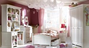 Pokój dziewczynki wcale nie musi być różowy i cukierkowo słodki. Zobacz kolekcje, które pozwolą urządzić królestwo małej księżniczki ładnie i z pomysłem.