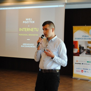 Jak promować się w internecie, radził architektom i projektom wnętrz Arkadiusz Kaczanowski – redaktor prowadzący portalu Ryneklazienek.pl.