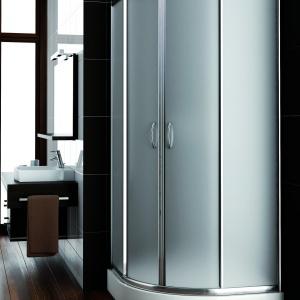 Z matowym szkłem – kabina prysznicowa Nigra firmy Aquaform. Fot. Aquaform.