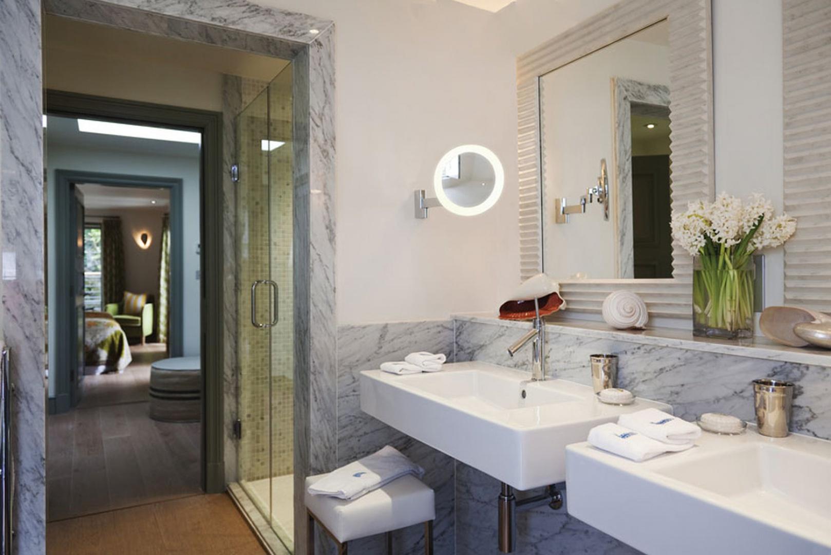 Oświetlenie łazienki Zobaczcie Modne I Ciekawe Pomysły