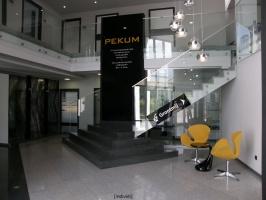 Hol główny biurowca PEKUM