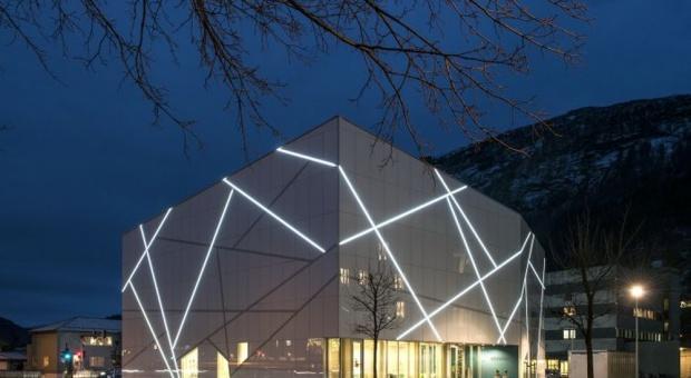 Muzeum sztuki w kształcie lodowca