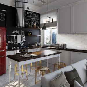 Propozycja aranżacji kuchni przedstawiona przez firmę Azteca Ceramica to vintage w najlepszym wydaniu. Czerwona lodówka w stylu retro, industrialne oświetlenie nad wyspą oraz stołki w stylu lat 60. tworzą wyjątkowy klimat. Fot. Azteca Ceramica.