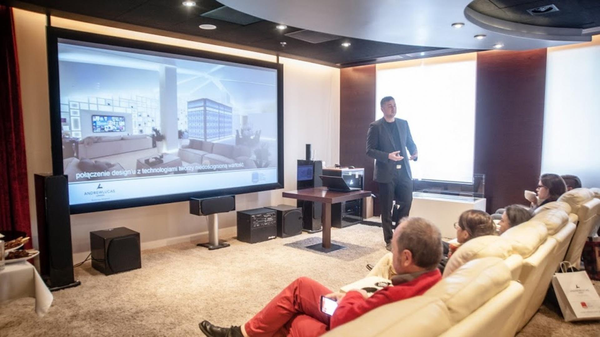 Według Daniela Welfla w ciągu najbliższych 5 lat, nowoczesne technologie staną się integralnym elementem każdego nowo budowanego domu. Fot. Materiały prasowe