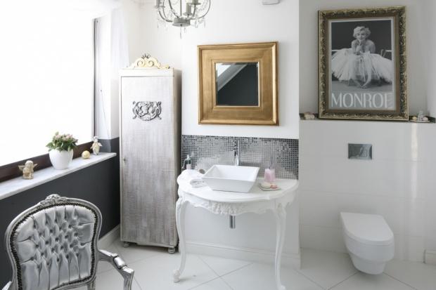 Białe łazienki: propozycje polskich architektów