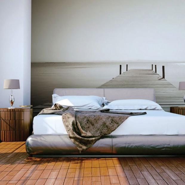 Ściany w sypialni. 15 pomysłów na tapetę
