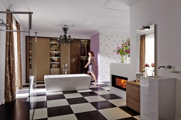 Kominek w łazience. 12 pomysłów na różny metraż