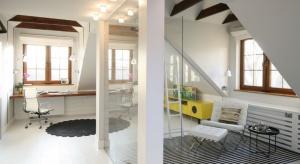 Nasz czytelnik ma problem z zagospodarowaniem dużego strychu przeznaczonego na mieszkanie. Zobaczcie jak go urządzić.