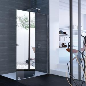 Z przezroczystego szkła i lustra - kabina prysznicowa Intensa firmy Hüppe. Fot. Hüppe.