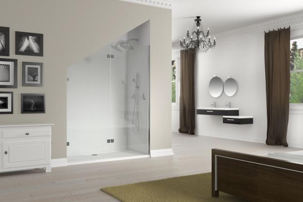 Kabina na wymiar. 12 pomysłów do nietypowej łazienki