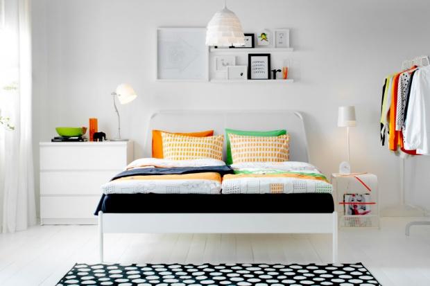 Modna sypialnia. Oryginalne pomysły na stolik nocny