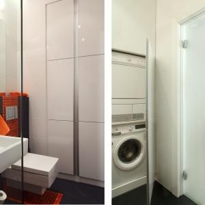 W szafie do sufitu schowane są pralka i suszarka. Łazienka ma około 3 m kw. Projekt: Michał Mikołajczak. Fot. Monika Filipiuk-Obałek.
