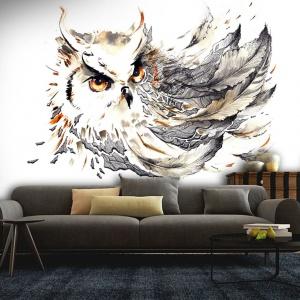 Fototapeta z motywem sowy utrzymana w pięknych, stonowanych kolorach. Idealna do salonu. Fot. Picassi.pl.