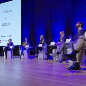 Panel dyskusyjny dotyczył promocji własnej marki w social mediach, jak również uczestniczenia w targach i eventach branżowych. Fot. Piotr Waniorek.