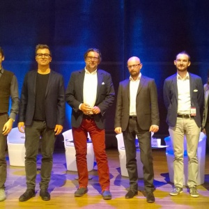 Wszyscy uczestnicy sesji inauguracyjnej. Od lewej: Paweł Jasiewicz, Tomek Rygalik, Piotr Voelkel, Rafał Domaradzki, Bartłomiej Pawlak, Krystyna Łuczak-Surówka. Fot. Anna Sołomiewicz.