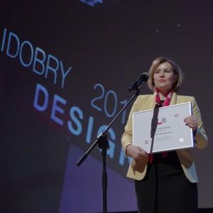 Wyróżnienie w kategorii przestrzeń dziecka - dyplom odebrała Anna Wochna-Boguś, szefowa działu marketingu i rozwoju marki Instal-Projekt. Fot. Piotr Waniorek.