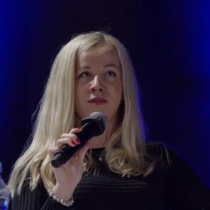 Paulina Jaskólska, leasing negotiator, Skanska Commercial Development Europe, mówiła o projektowaniu nowoczesnych przestrzeni biurowych. Fot. Piotr Waniorek.