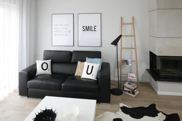 Modny salon. 12 pomysłów na lampy podłogowe