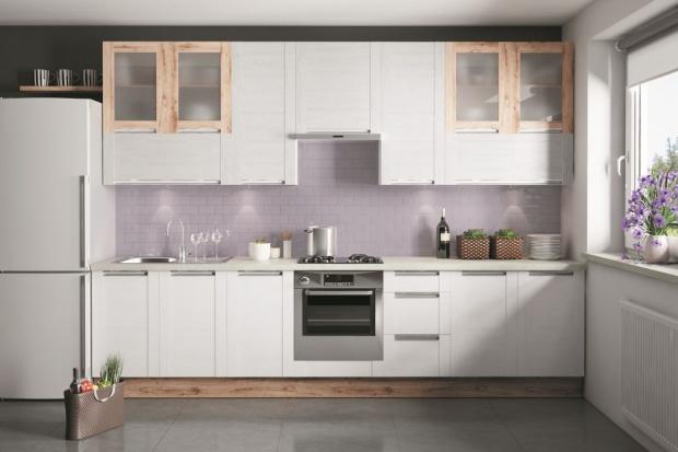 Górne szafki kuchenne: praktyczne i modne