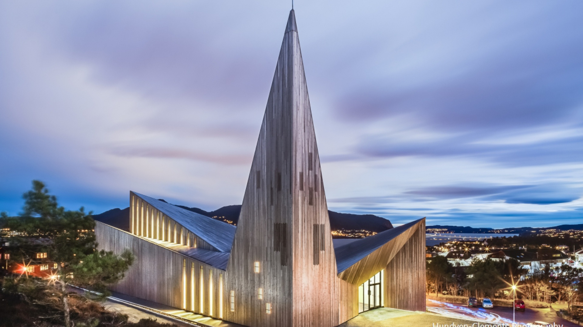 Kościół w Knarvik. Fot. Hundven Clements