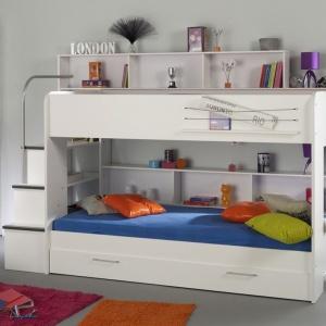 Model łóżka Bibop to miejsce do spania, ale i przechowywania. Na tylnej ścianie łóżka znajduje się wiele praktycznych półeczek i schowków. Fot. Pumo.