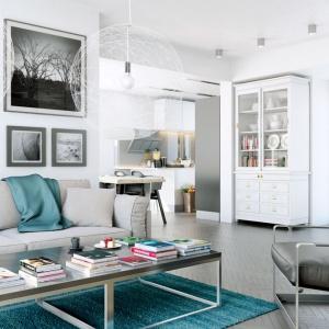 Na wizualizacji wnętrza Domu w kalateach 6 Archon+ znajdują się: stolik Qubik, kominek Mila, sofa Morgan dostępne w sklepie archonhome.pl