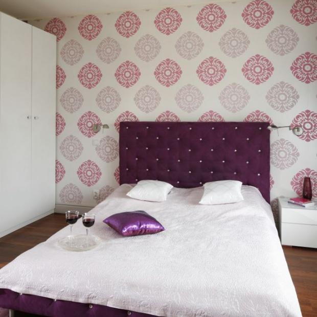 Modna sypialnia. 15 pomysłów na ścianę za łóżkiem