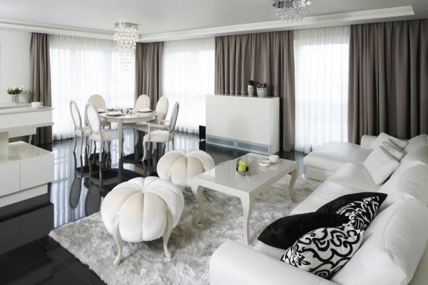 Salon w stylu glamour. 20 pięknych wnętrz
