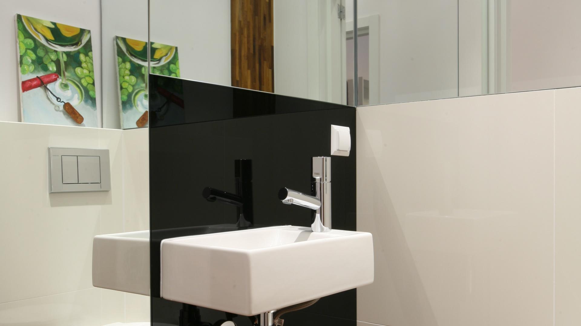 Mała łazienka Powiększ Ją Lustrami 15 Pomysłów