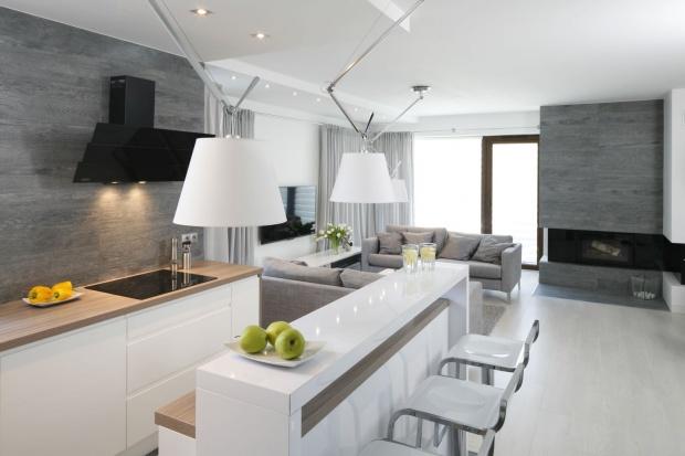 Kuchnia otwarta na salon: zobacz piękne aranżacje