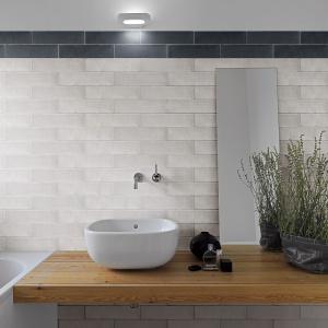 Jak postarzane cegły - płytki ceramiczne Soho firmy Ceracasa. Fot. Ceracasa.