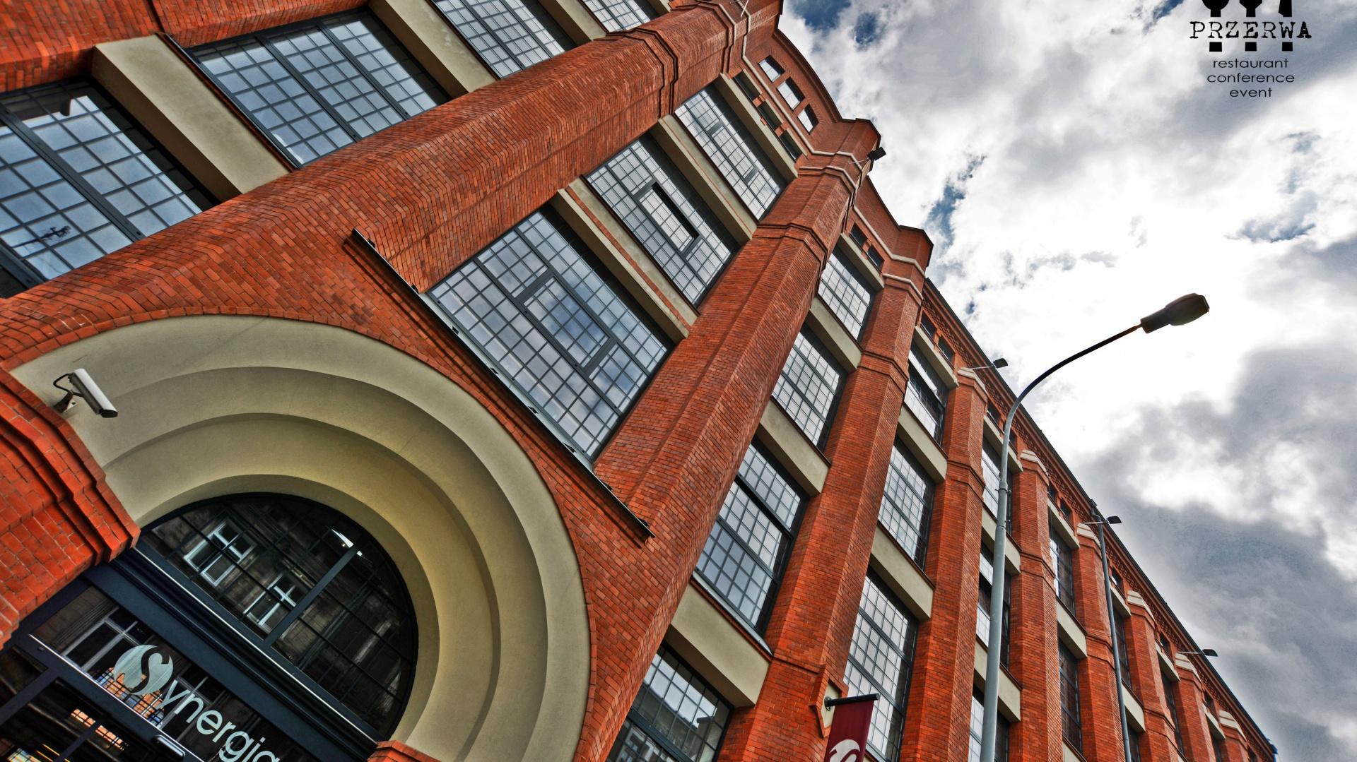 Już 15 marca, najbardziej oczekiwane spotkanie dla architektów i projektantów wnętrz odbędzie się w Łodzi. Rusza cykl STUDIO DOBRYCH ROZWIĄZAŃ. Musisz tam być! Fot. Centrum Biznesowe Synergia