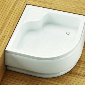 Głęboki brodzik z siedziskiem Standard firmy Aquaform. Fot. Aquaform.